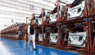 México bate récords de exportación de vehículos pese a incertidumbre por TLCAN. Foto: EFE