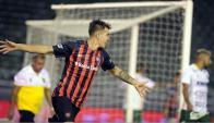El festejo de Nicolás Reniero en uno de los goles de San Lorenzo. Foto: La Nación.