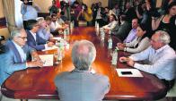 Vázquez citó a sus ministros y subsecretarios e 1 y 2 de febrero en Anchorena. Foto: F. Ponzetto