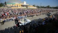Parque O'Higgins: unas 400.000 personas se congregaron para escuchar la primera misa. Foto: EFE