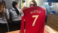 Ya se vende la 7 del Manchester United con el nombre de Alexis Sánchez