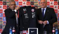 Reinaldo Rueda presentado como técnico de Chile. Foto: AFP