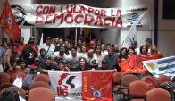 La delegación de la central sindical que viajó a apoyar a Lula. Foto: Pit-Cnt