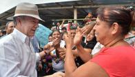 El presidente colombiano ayer en la localidad de La Palma. Foto: AFP