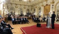"""""""Vamos a reducir cerca de 25% de cargos políticos, equivalentes a unos 1.000 puestos"""", dijo Macri. Foto: Reuters"""