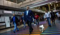 Maduro devaluó el bolivar para que Pdvsa tenga caja para la campaña. Foto: EFE