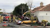 El helicóptero se estrelló en el patio de una casa. Foto: Twitter @CesarBanderas