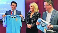 Fútbol: la Celeste acompañó a la delegación uruguaya en China. Foto: MIEM