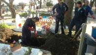 Desde el sindicato buscan mejorar condiciones laborales de trabajadores fúnebres. Foto: M. Bonjour