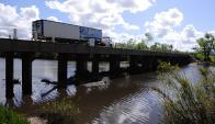 La investigación del CEF se enfoca, entre otros, en los problemas ambientales que enfrenta el agua en Uruguay. Foto: F. Ponzetto