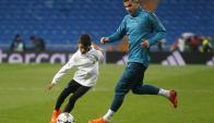 Cristiano Junior jugando en el Santiago Bernabéu.