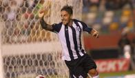 Janio Posito festejando el gol de Alianza Lima