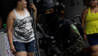 Coreia. militares patrullando en la favela de Rio de Janeiro. Foto: Reuters