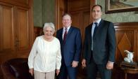 Lucía Topolansky reunida con David Casey, CEO de Petrel. Foto: Petrel Energy.