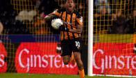 Abel Hernández festeja el gol del Hull City.