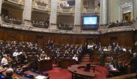 Legisladores de todos los partidos siguieron con atención se sesión en recuerdo a Wilson Ferreira Aldunate. Foto: F. Flores