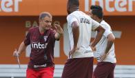 Diego Aguirre en el Sao Paulo. Foto: @SaoPauloFC