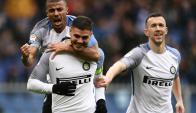 Mauro Icardi inicia la celebración de uno de sus goles ante Sampdoria