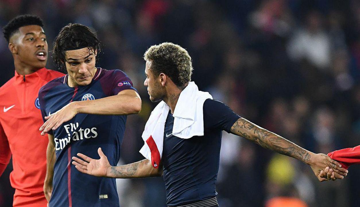 Momentos de Cavani y Neymar ante Bayern Munich
