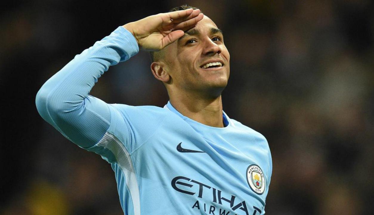 Danilo festejando el gol del Manchester City. Foto: AFP