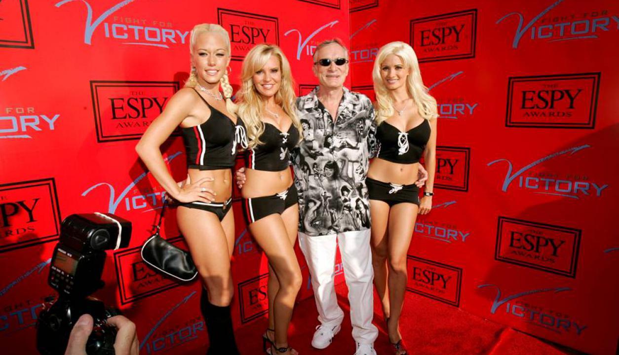 Hugh Hefner en una celebración en la mansión Playboy en California. Foto: Reuters