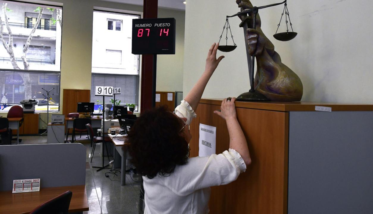 Palacio de los Tribunales sin atención al publico por paro de funcionarios judiciales. Foto Fernando Ponzetto