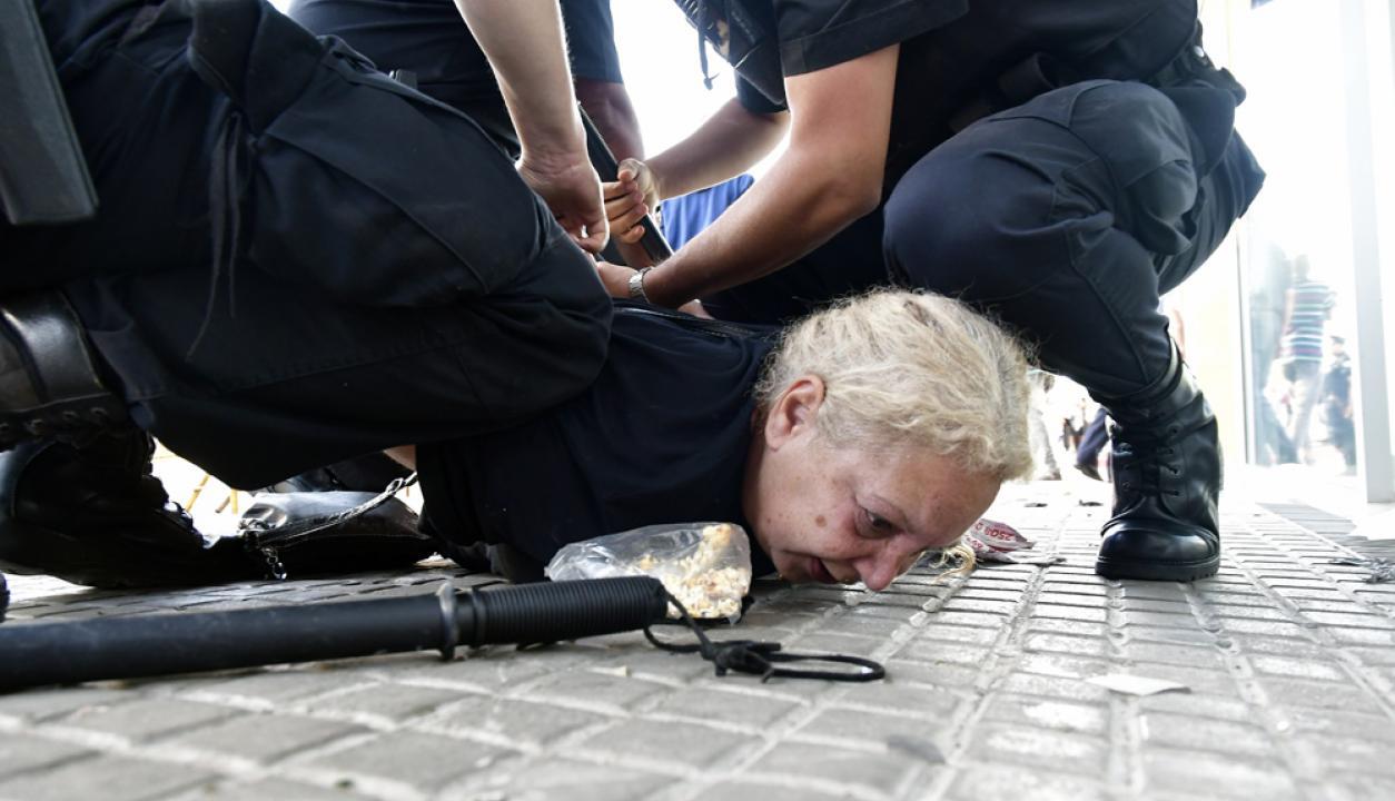 Hubo varios detenidos por los incidentes en Rivera. Foto: Fernando Ponzetto