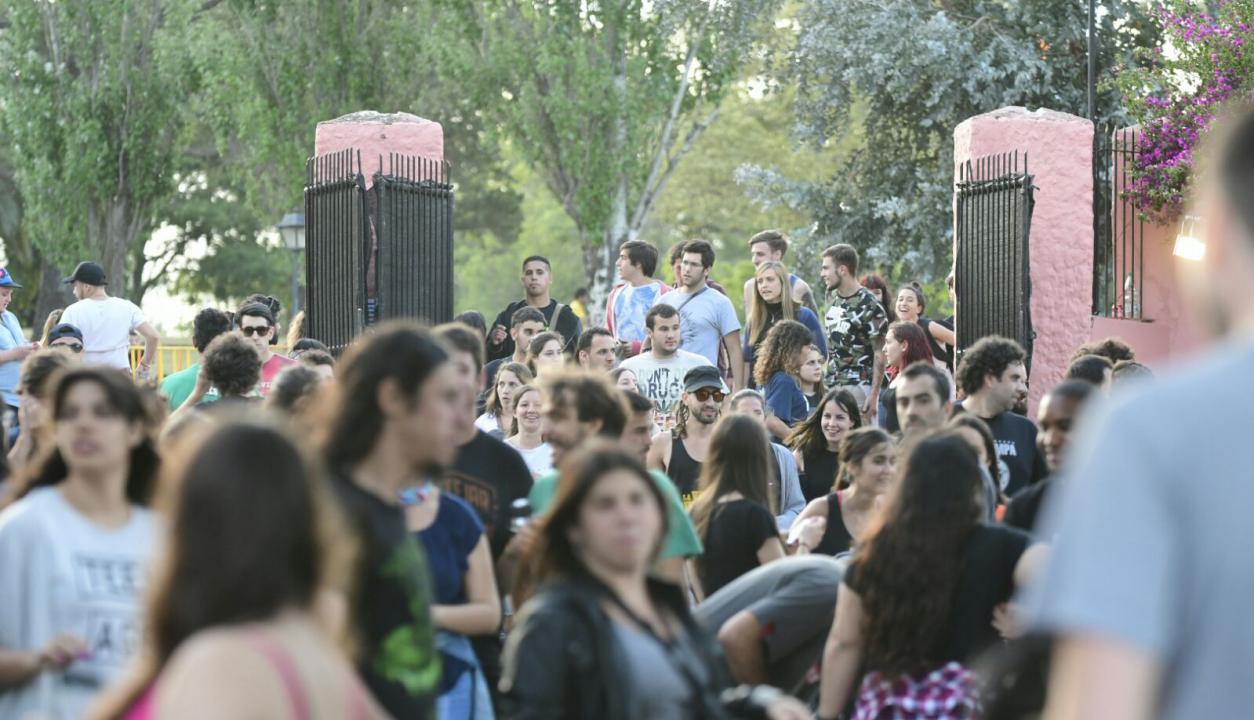 Cientos de personas se presentaron en el festival. Foto: Marcelo Bonjour
