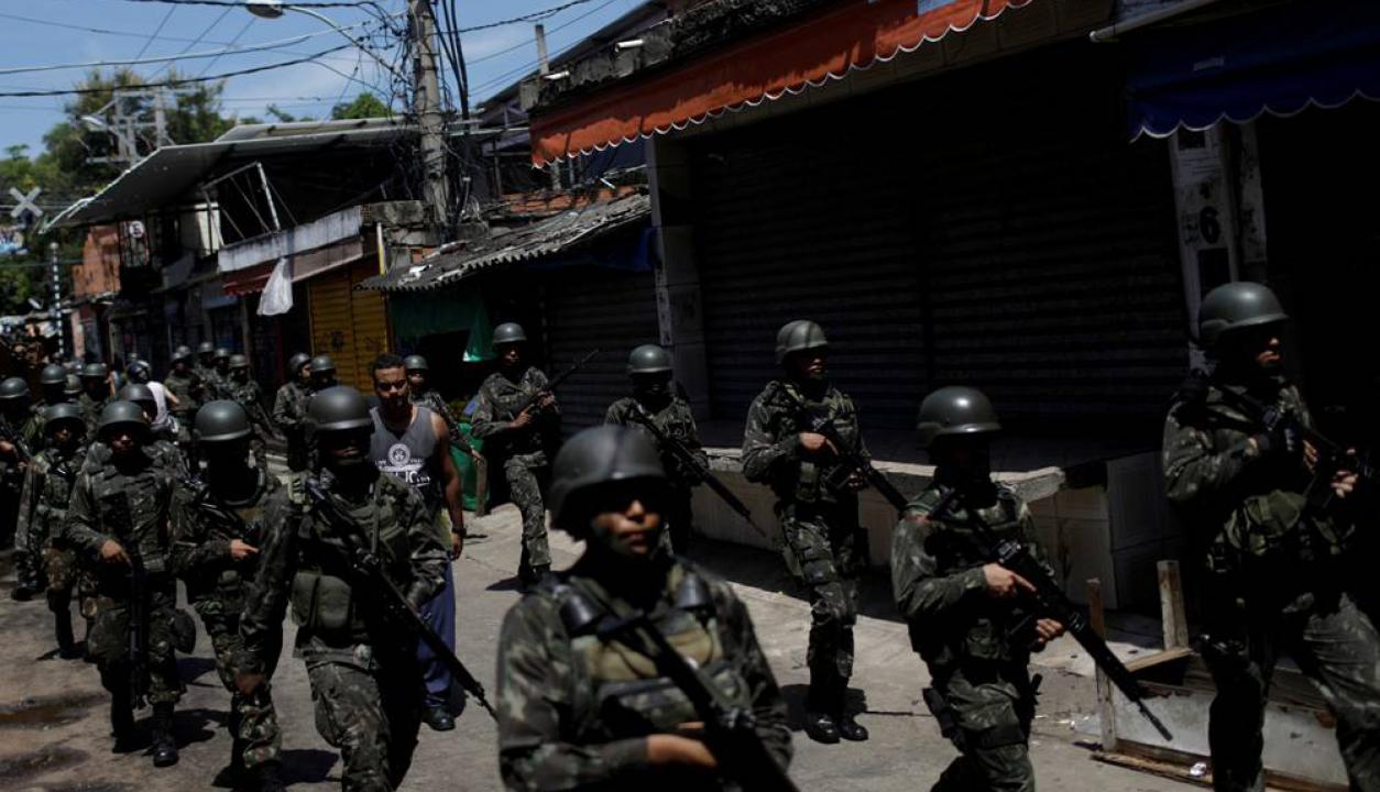 Son cerca de 3.000 los agentes que participan del operativo, entre policías y militares. Foto: AFP