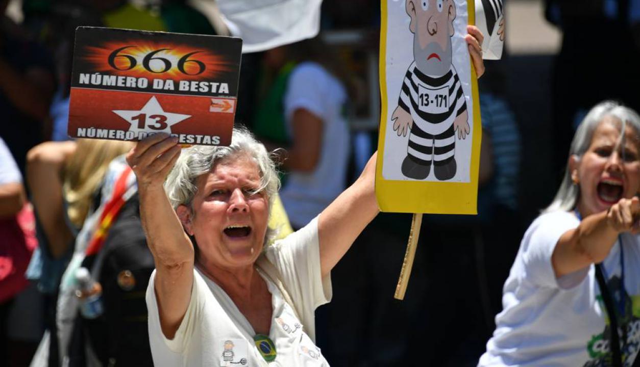 También hubo actos en contra de Lula en San Pablo. El movimiento Brasil libre salió a las calles a manifestarse. Foto: AFP
