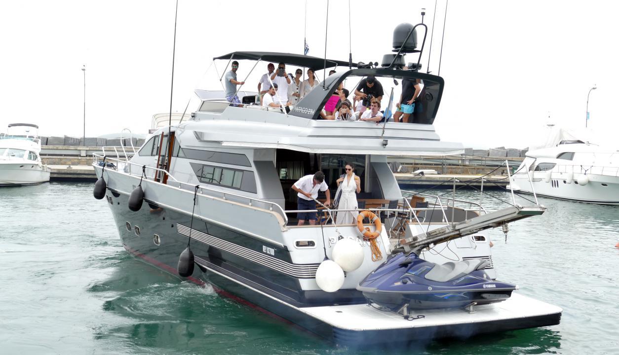 Godín y Griezmann salieron a navegar por Punta del Este