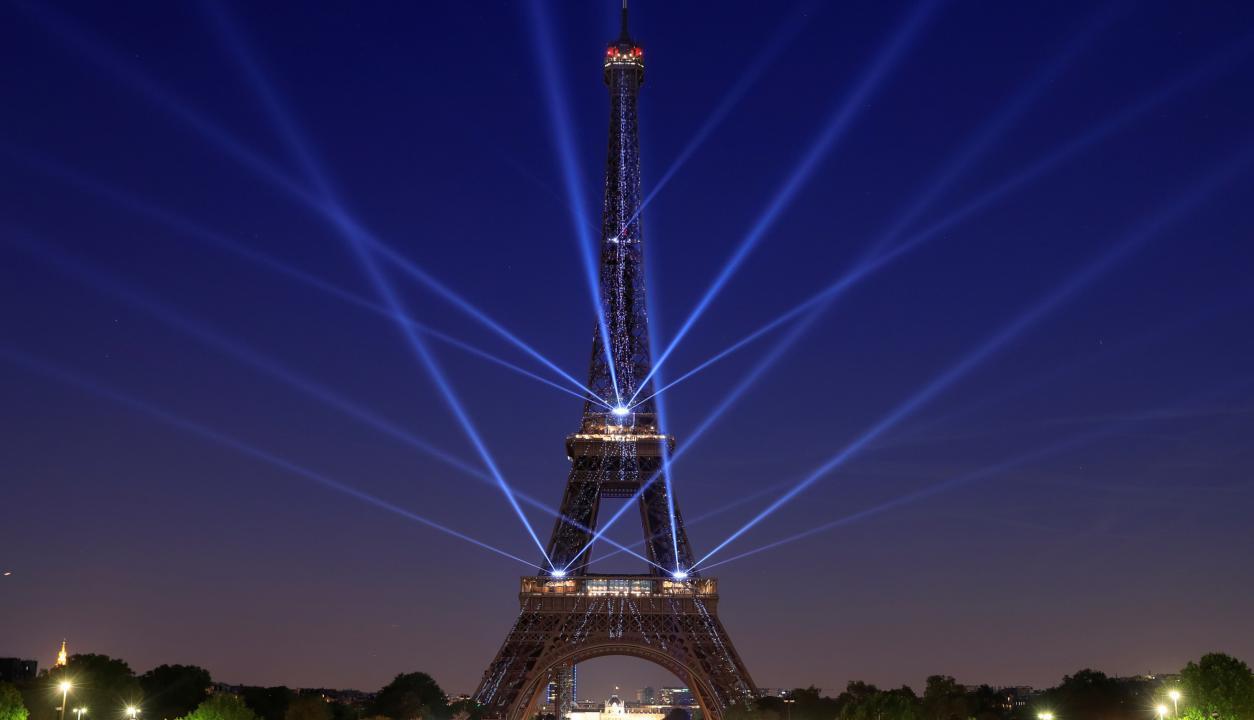 Aniversario por los 130 años de la Torre Eiffel. Foto: Reuters
