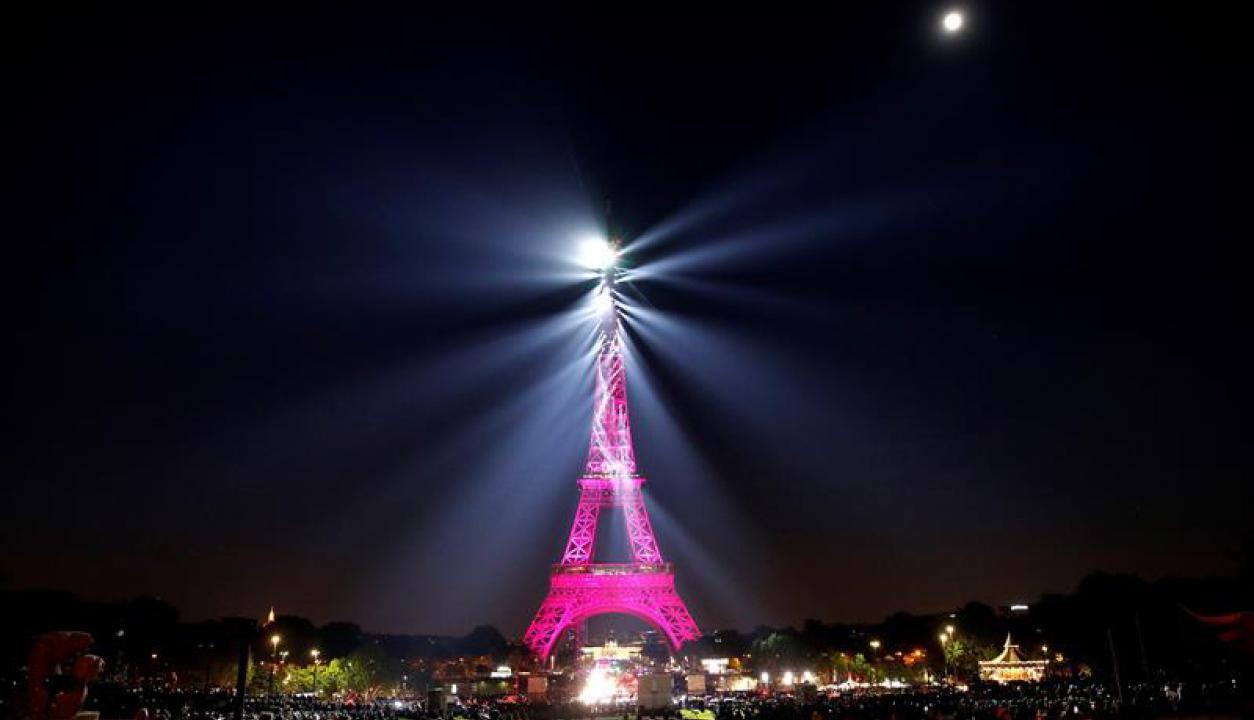 Aniversario por los 130 años de la Torre Eiffel. Foto: EFE