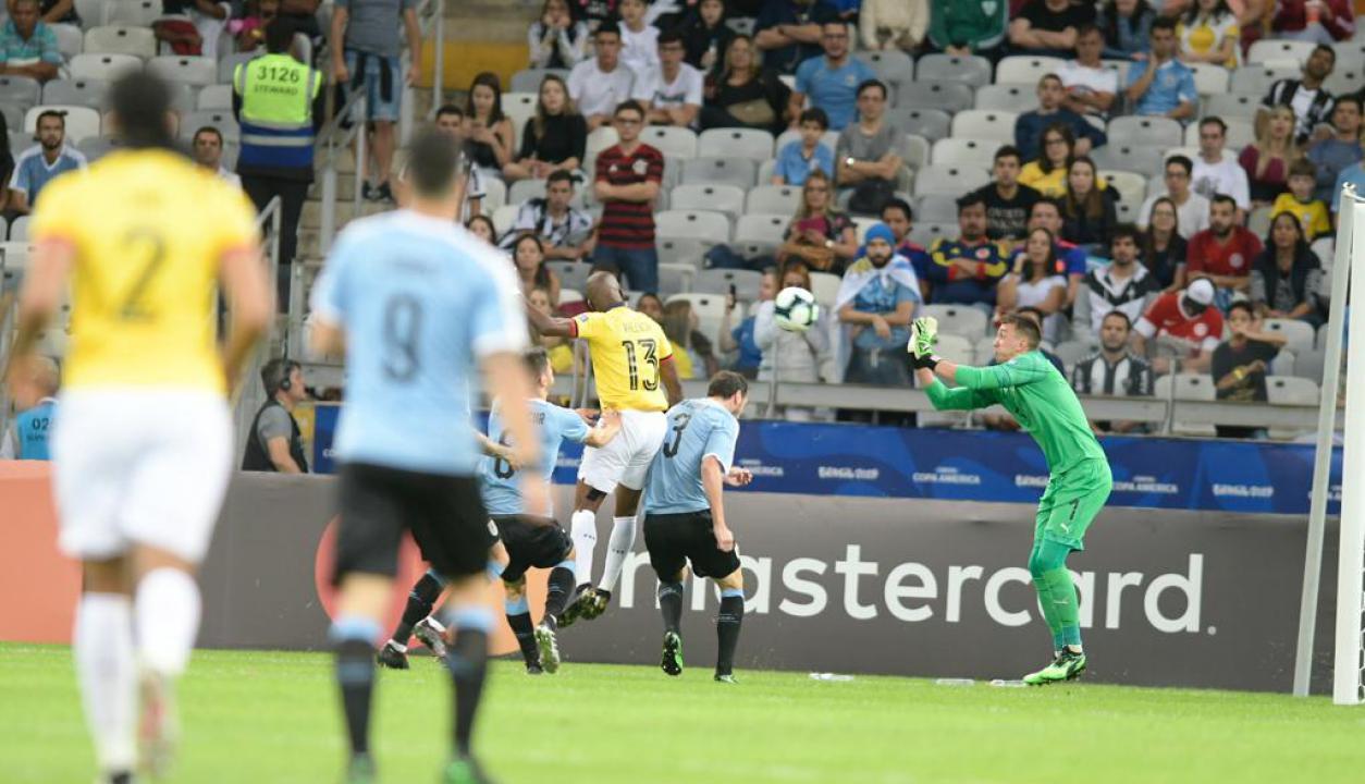 Uruguay debutó en la Copa América ante Ecuador. Foto: Gerardo Pérez / El País