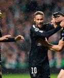 Mbappé, Neymar y Cavani en un festejo de un tridente que promete, ¿seguirán bien?