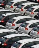 En chile, un auto cuesta 42% menos aproximadamente. Foto: AFP