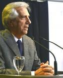 Tabaré Vázquez continuará con las charlas virtuales en comités de base hasta septiembre. Foto: Darwin Borrelli