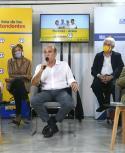 Adriana Barrios, presidenta de la Junta, Daniel Martínez y Mariano Arana, anoche en La Huella. Foto: Marcelo Bonjour