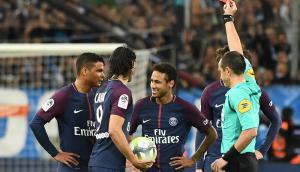 La roja mostrada a Neymar en el clásico francés entre PSG y Olympique de Marsella. Foto: AFP