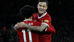 Mohamed Salah y Philippe Coutinho, figuras del Liverpool. Foto: Reuters