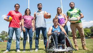 Los deportistas locales se ponen la camiseta de Bulk. Foto: Flavio Giusti