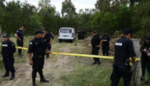 Un fuerte operativo policial se desplegó en la zona donde encontraron a Brissa. Foto: Marcelo Bonjour