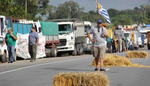 Gremiales del agro salieron a cortar las rutas en San Javier. Foto: Daniel Rojas