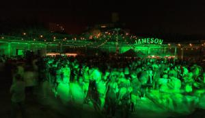 Jameson festeja St. Patrick's Day e invita a maridar whiskey y cerveza. Fotos: L. Durán