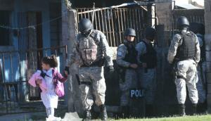 Durante la mañana de ayer tuvo lugar un nuevo operativo con presencia de 400 policías. Foto: Francisco Flores