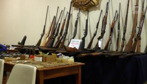Armas incautadas en el marco de la Operación Astra. Foto: Twitter @MI_UNICOM