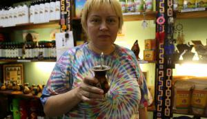 La dueña de la Club del Mate en Nizhni Nvogorodov. Foto: Gabriel Rodríguez