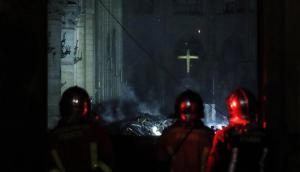 Las primeras imágenes por dentro de la catedral de Notre Dame tras el incendio. Foto: EFE