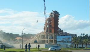 Finalizaron las obras de demolición del emblemático hotel San Rafael. Foto: Ricardo Figueredo