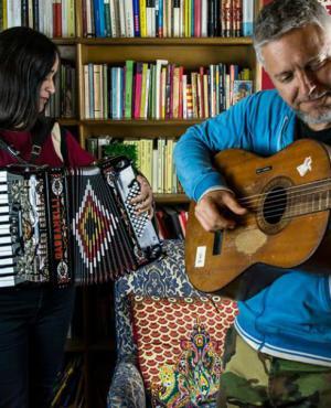 Julieta Venegas y Martín Buscaglia